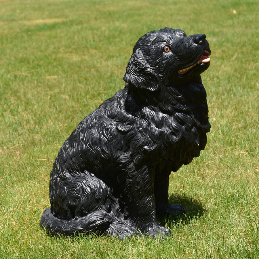 Dog statue made in Italy