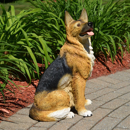 German Shepherd dog Statue